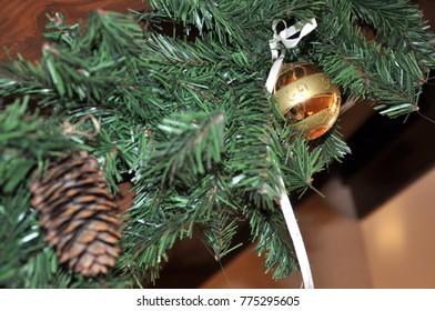 items Christmas decor