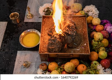 items for the Indian Yajna ritual. Indian Vedic fire ceremony called Pooja. A ritual rite, for many religious and cultural holidays and events in the Indian tradition. Hindu wedding vivah Yagya - Shutterstock ID 1640792269