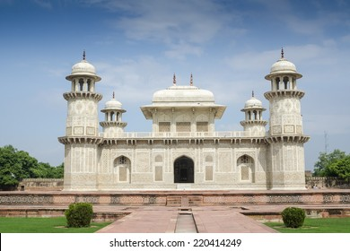 Itmad-ud-Daula, Baby Taj, Agra India