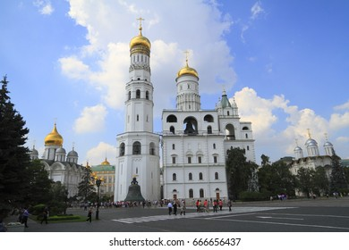 The Ivan the Great Bell Tower, with its height of 81 meters, the tallest building in the Moscow Kremlin.