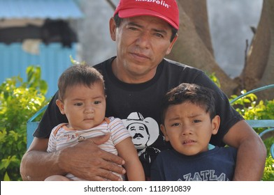 Ixtepec, Oaxaca/Mexico-March, 2015. A Central American family living in the shelter Hermanos en el Camino.