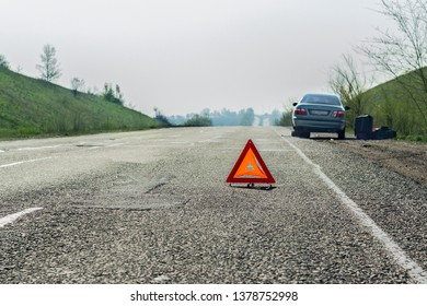 jack, tire, car, road, vehicle, transportation, auto, repair, problem, street, accident, change, track, broken, woman, roadside, assistance, insurance, damage, breakdown, spare, tool, wrench, highway,