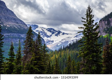 Jackson Glacier Overlook on the Going-to-the-Sun Road in Glacier National Park, Montana