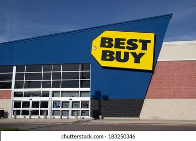 JACKSONVILLE, FL - MARCH 16, 2014: A Best Buy retail electronics store in Jacksonville. In 2013, Best Buy operated 1,056 Best Buy and 409 Best Buy Mobile stand-alone stores in the US.