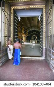 JAFFNA,SRI LANKA - JANUARY 28.2018:entranceto hindu temple Nallur Kandaswamy Kovil  on January 28,2018 in Jaffna, Sri Lanka