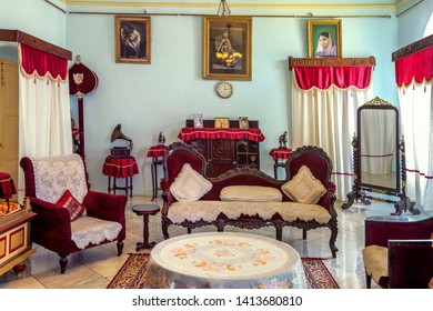 Jagdalpur,22,October ,2012:Interior view of residential  hall with  furniture and artefacts of  Maharaja Kamal Chandra Bhanj  Deo ,Prince of Bastar  in Jagdalpur, Bastar, Chhattisgarh, India. Asia