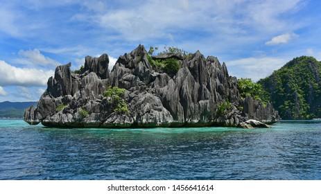 Jagged limestone rocks and beautiful landscape at Twin Lagoon, Coron, Palawan