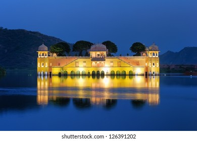 Jai Mahal Lake Palace. Jaipur, India.
