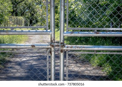 JAIL private property wire perimeter chains closedgarde spikes  door army area 51 sylvan herb