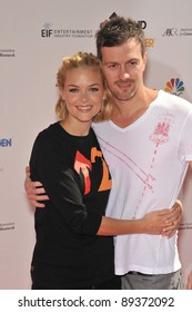 Jaime King & husband Kyle Newman at the Stand Up To Cancer event at Sony Pictures Studios, Culver City. September 10, 2010  Culver City, CA Picture: Paul Smith / Featureflash