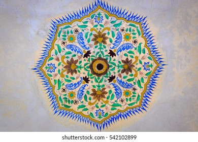 JAIPUR, INDIA - DECEMBER 10,2016: Beautiful wall  pattern art of palace in Amber Fort in Jaipur, Rajasthan, India.