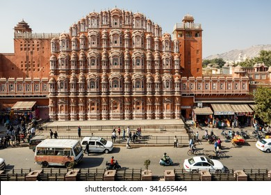 JAIPUR, INDIA - JANUARY 10, 2015: Hawa Mahal palace (Palace of the Winds) on January 10, 2015 in Jaipur, Rajasthan, India