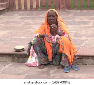 Old Indian Woman Images Stock Photos Vectors Shutterstock