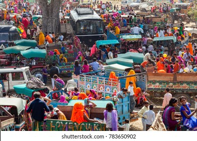 Jaipur, Rajasthan, India - March 24, 2014 : People specially villagers arrives at Chaksu Fair in Jaipur by various means of transportation.