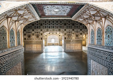 Jaipur,RajasthanIndia-january 23 2020:palace of Mirror in Amber fort