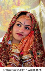 JAISALMER, INDIA - FEBRUARY 16: Unidentified woman takes part in Desert Festival on February 16, 2011 in Jaisalmer, India. Main purpose of this Festival is to display colorful culture of Rajasthan