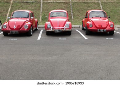 Jakarta Ancol Indonesia 22 February 2018. 3 line up of volkswagen Beetle red modification front view are shown at parking VW car modification festival at Ancol Summer beach.
