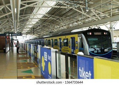 Jakarta, Indonesia April 9, 2019 : MRT train arrives at the station. The Jakarta MRT start operations in March 2019 for Bundaran HI to Lebak Bulus in a journey distance of 16 KM .