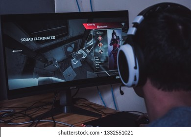 Jakarta, Indonesia - March 8, 2019: The man playing an Apex Legends battle royale games on PC gaming.