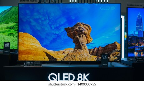 """Jakarta, Indonesia - May 17, 2019: The Samsung QLED 8K TV available in 65"""", 75"""", 82"""" and 85""""."""