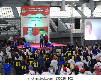 Jakarta, March 22, 2019; Declaration of 101 Private College Alumni supporting the presidential and vice presidential candidate pair Jokowi - Ma'ruf Amin at Senayan.