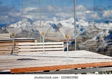James Bond Cocktail Vodka Martini Drinks Mountain ice Q restaurant Soelden Tirol Austria