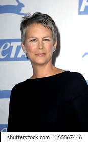 Jamie Lee Curtis at PETA 25th Anniversary Gala and Awards, Paramount Pictures Studios, Los Angeles, CA, September 10, 2005