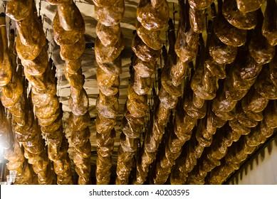 jamon ceiling