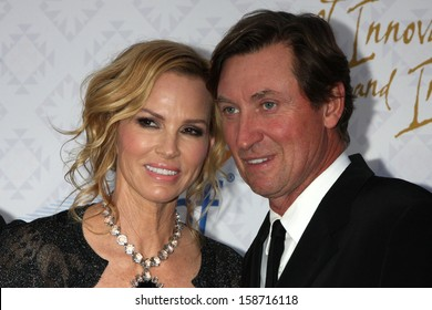 Janet Jones Gretzky and Wayne Gretzky at the 10th Alfred Mann Foundation Gala, Robinson-May Lot, Beverly Hills, CA 10-13-13