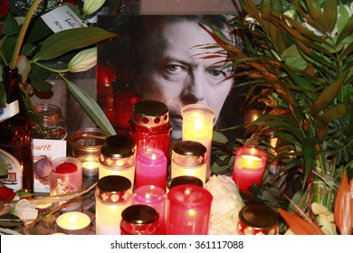 JANUARY 11, 2016 - BERLIN: candles, flowers, images - mourning for the deceased pop star David Bowie in front of the house in the Hauptstrasse in Berlin-Schoeneberg in which he lived in the 1970s.