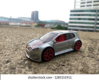 January 16, 2019, a hotwheels car (volkswagon golf gti)being captured by hobbyist in Malaysia