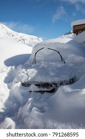 January 2018 has seen the highest level of snowfall in the Tignes ski resort area of the French Alps for over 20 years.