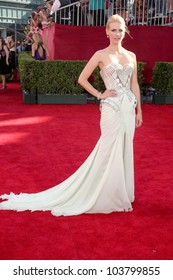 January Jones at the 61st Annual Primetime Emmy Awards. Nokia Theatre, Los Angeles, CA. 09-20-09