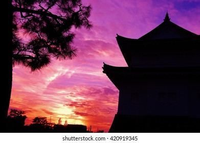 japan fortress in nijo castle at sunset time