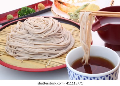Japanese buckwheat noodles served on a flat bamboo sieve with Tempura/Soba, buckwheat noodles