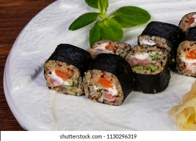 Japanese cold roll with kinoa and salmon