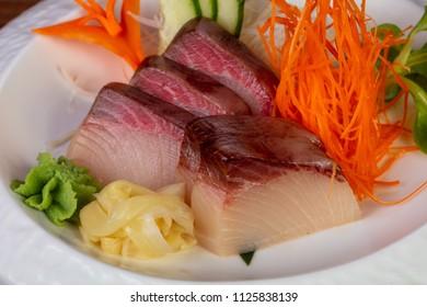 how to cut sashimi yellowtail