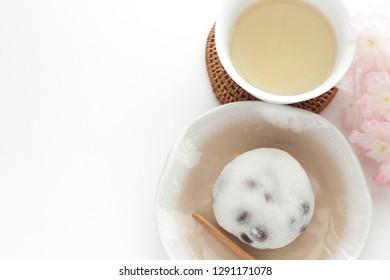 Japanese confectionery, Mame Daifuku rice cake and tea