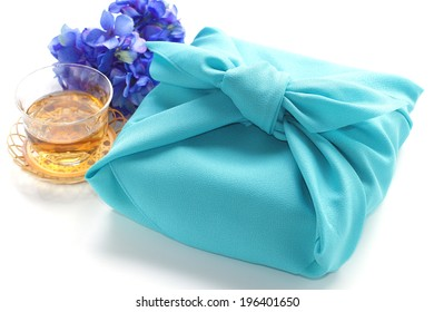 Japanese culture item, Furoshiki for wrapping gift