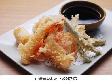 Japanese food - mixed tempura