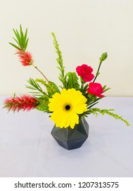 Japanese freestyle flower arrangement.