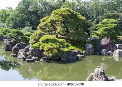 Japanese Garden in Nijo-jo castle
