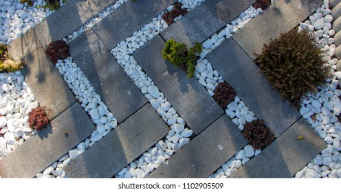 Japanese garden of stones, use of construction debris in landscape design