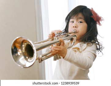 The Japanese girl who plays a trumpet