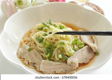 Japanese healthy food, chicken and Konjac ramen noodles