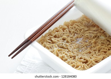Japanese instant noodle, hot water and sauce fried noodle