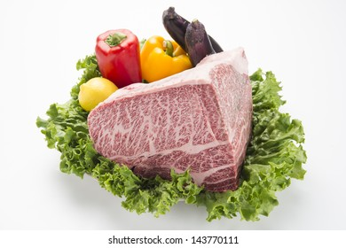 Japanese Kobe beef lump with Yellow and red pepper-2