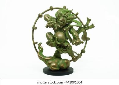 Japanese Raijin god bhudda statue.