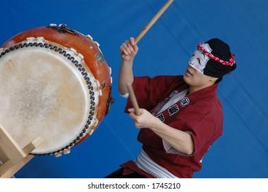 Japanese taiko drum performer