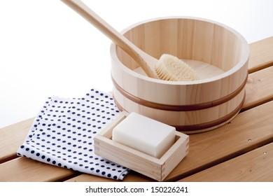 japanese taking bath style image